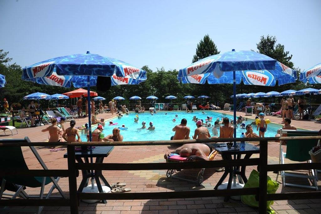 holiday villa rentals. panorama-bello-swimming pool 8