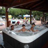 holiday villa rentals. panorama-bello-swimming pool Jacuzzi