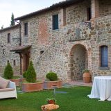 Outdoor wedding venue Villa San Crispolto - Romantic Italian Weddings by Marco Bernasconi 3