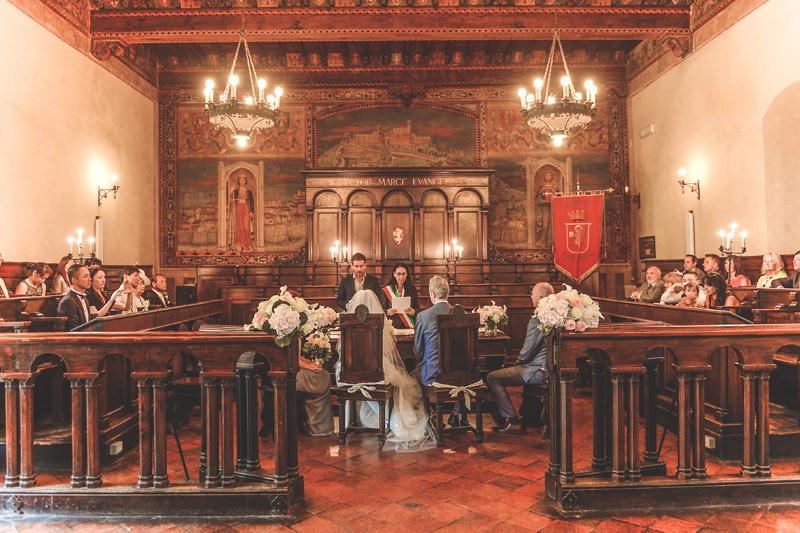 Tuscany Wedding - Cortona Town Hall 6