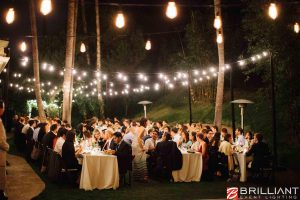 Market-Lights-and-Vintage-Edison-String-Lights-at-Outdoor-Wedding-2