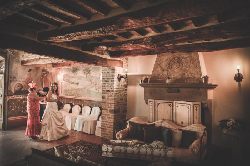 The last moments of the bride's preparation in the wedding suite. italy wedding venues
