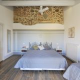 Villa 5 Queen size bedroom. weddings tuscany