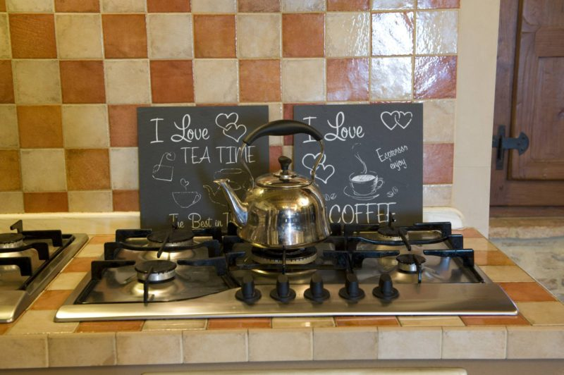 Detail of the kitchen area.villa wedding Italy