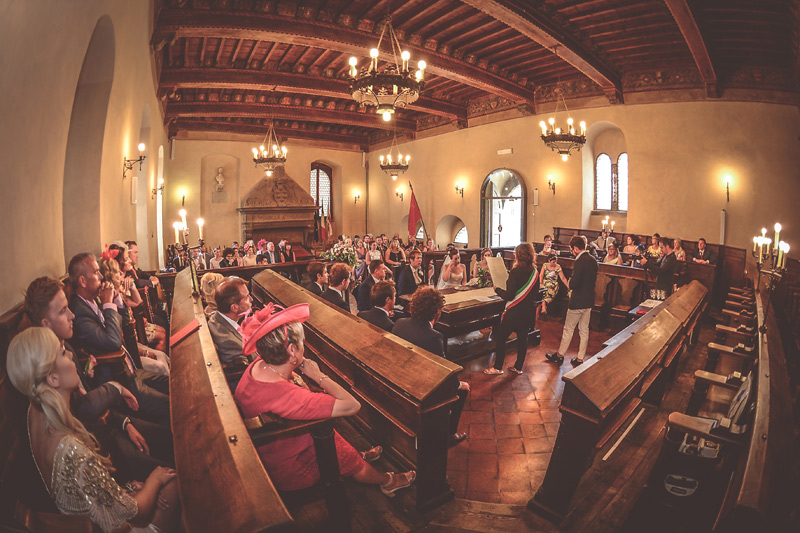 Tuscany Wedding - Cortona Town Hall 14