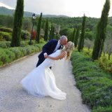 Intimate wedding for two at Villa Baroncino, Tuscany followed by a photo tour to capture Tuscany most beautiful landscapes.  Elopement Italian Photographer.